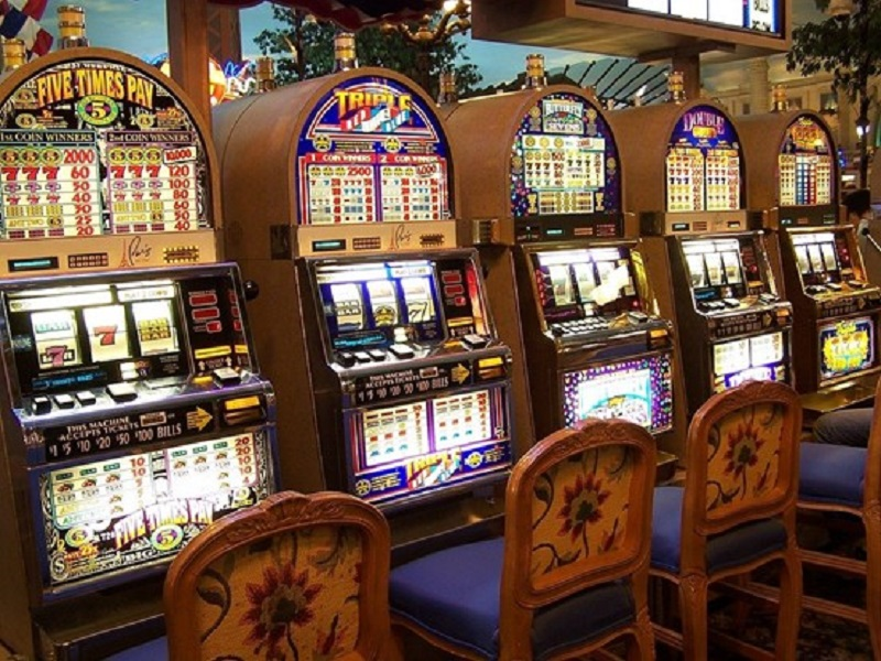 Slot machines: has online become the most popular way to play?